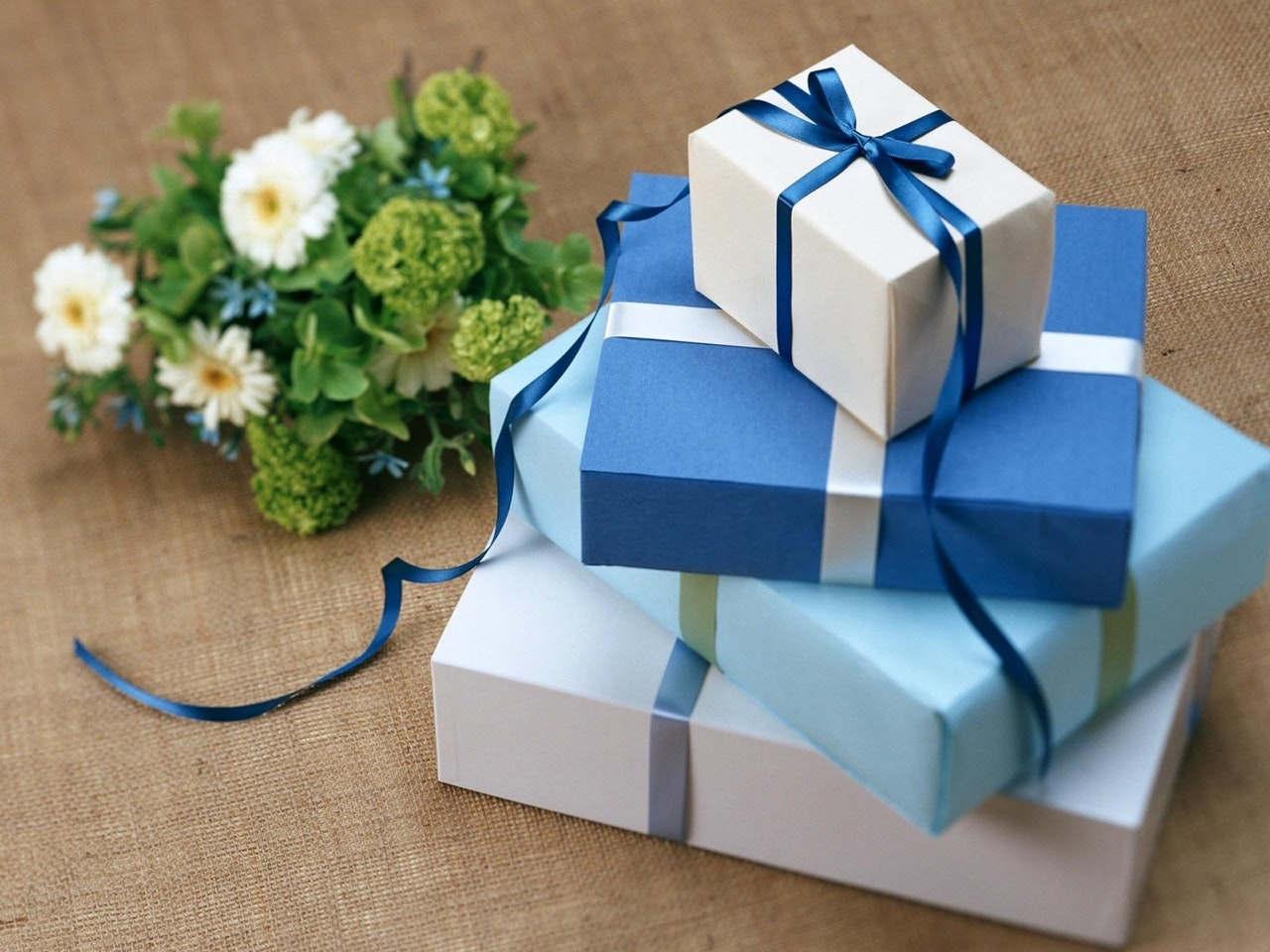 prezent na komunię dla dziewczynki