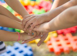 Gry słowne dla dzieci – nauka w formie zabawy