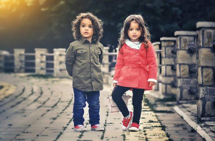 Buty sportowe dla dzieci – na co zwrócić uwagę przy zakupie?