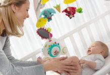 Karuzela do łóżeczka dla dziecka - jak wybrać najlepszą?